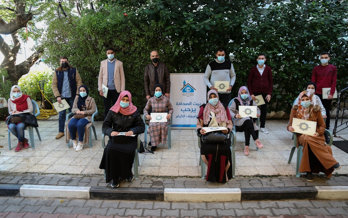 """Press House concludes activities of """"Intellectual journalists"""" project"""