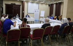 """In collaboration with Press House: An-Najah Media Center holds a dialogue session on """"Distance Learning as an Alternative for Face-to-Face Learning"""""""