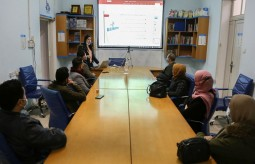 1.Press House organizes an introduction meeting for participants in the on-job-training program 2021