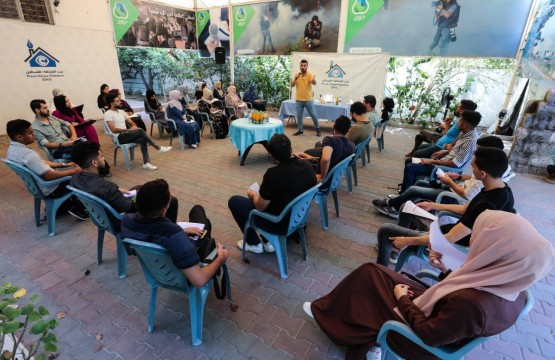 """Press House Holds a Workshop on the topic of """"Reality and Future of Investigative Journalism in Palestine"""""""