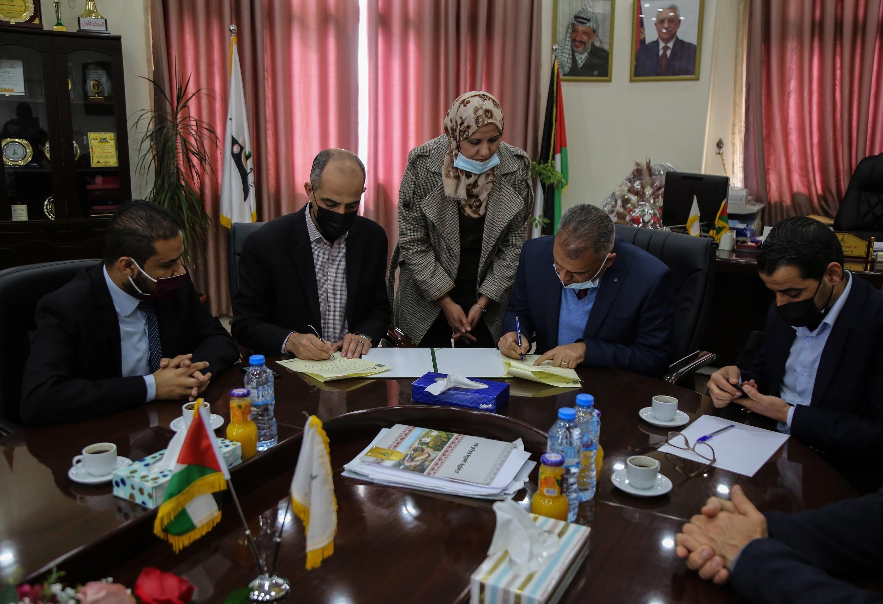 Press House and the Media Faculty at Al-Aqsa University signed a memorandum of understanding