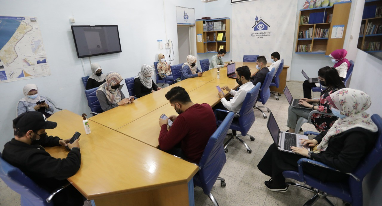 Press House organizes a Hashtag tweet session in the World Press Freedom Day 2021